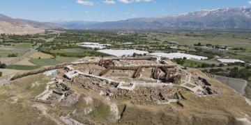 Erzincan Altıntepe Kalesi Arkeoparka dönüştürüldü