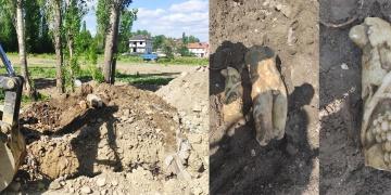 Afyonkarahisardaki altyapı kazısında heykel parçaları bulundu