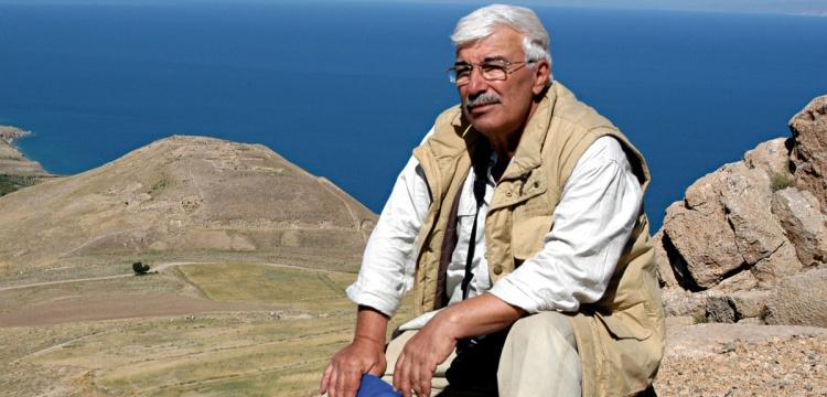 Prof. Dr. Altan Çilingiroğlu vefat etti