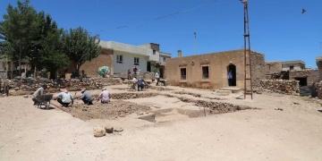 Şanlıurfa Sarayburç Ören Yerinde kazı çalışmaları başladı.