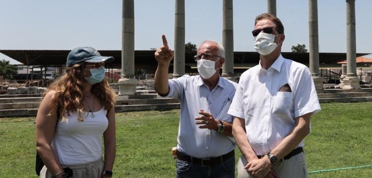 AB Büyükelçisi Meyer-Landrut, Smyrna antik kentini gezdi