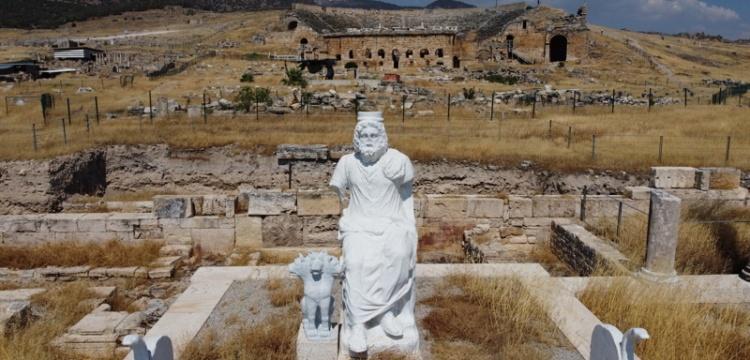Hierapolis'in Cehennem Kapısı yıl içinde ziyarete açılacak
