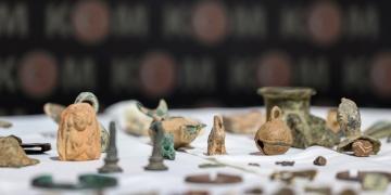 İstanbulda 3 bin 248 parça tarihi eser yakalandı