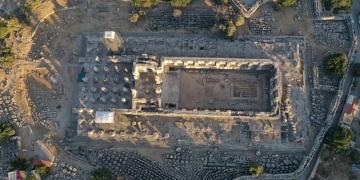 Didim Apollon Tapınağında restorasyon