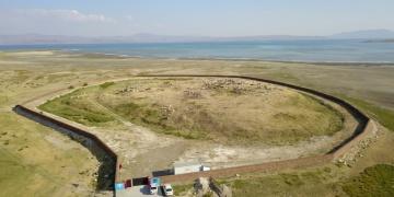 Vanda bulunan Selçuklu-Karakoyunlu Mezarlığı koruma altına alındı