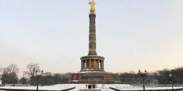 250 yıllık Berlin Zafer Sütununun bakır çatısı çalındı