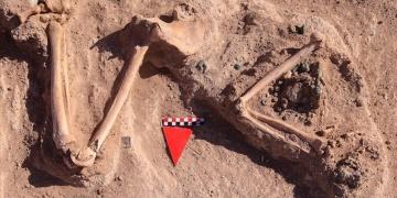 Çavuştepe Kalesinde başsız kadın yöneticinin mezarı bulundu