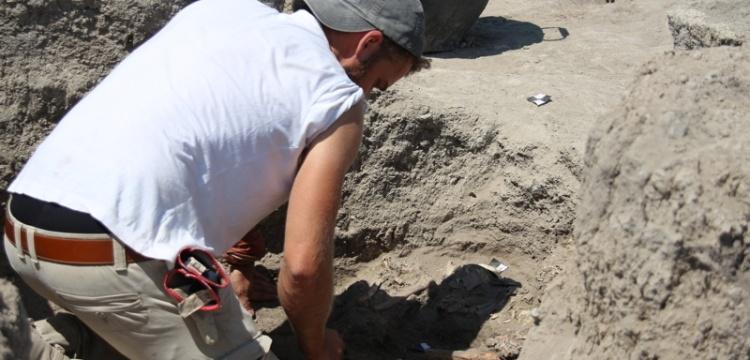 Çatalhöyük'te alışılmışın dışında bir binada çok sayıda mezar bulundu
