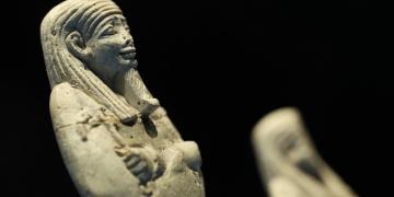 Uşabti heykelcikleri İzmir Arkeoloji Müzesinde ilk kez ziyarete açıldı