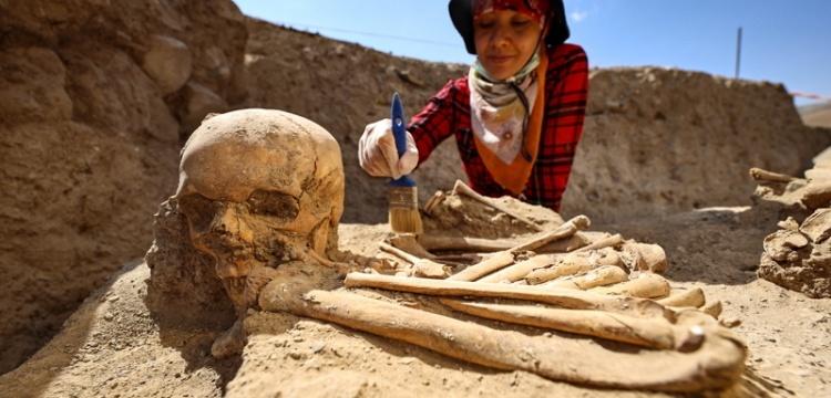 Çavuştepe Kalesi'nde yeni bir mezar tipi bulundu
