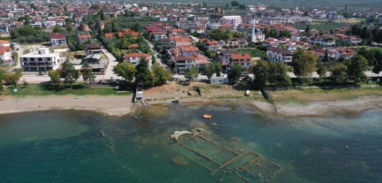 İznik Gölü'nde de sular çekiliyor
