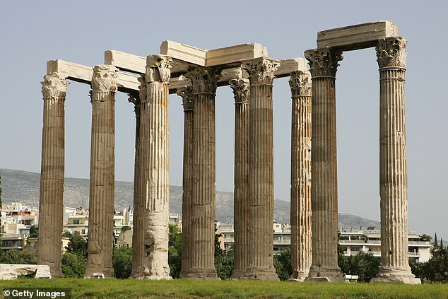 Antik Yunan'da vinç tahmin edilenden daha önce kullanılmış..